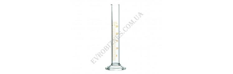 Циліндр мірний з носиком і скляною основою 25мл